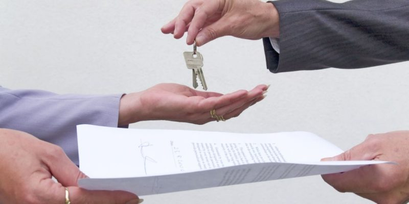 The 7 Crucial Parts of the Application Process When Renting an Apartment / Home